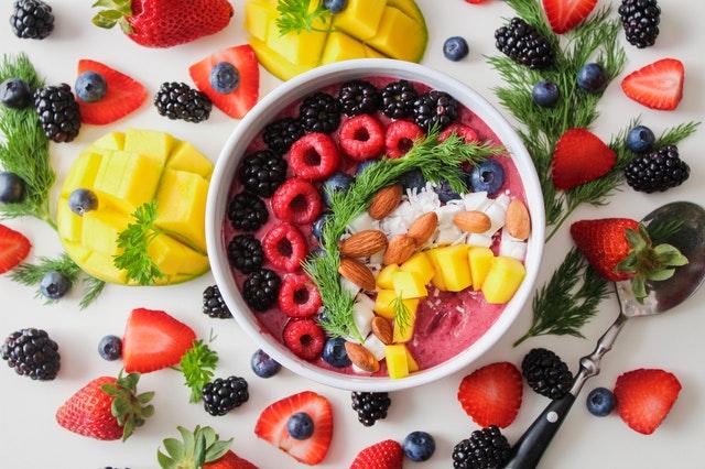aprender a comer saludable fruta